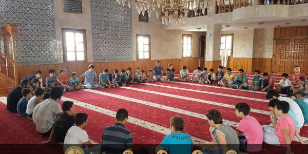 Adana'da İslami Temel Bilgiler ve Kuran-ı Kerim Kampı (1)