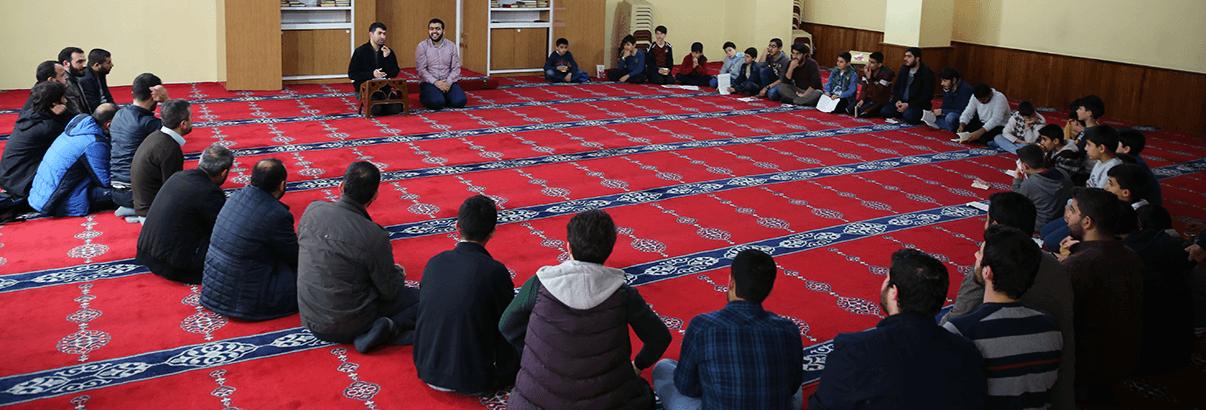 """""""Allah Rasülünü Anmaktan Anlamaya"""" Konulu Kamp Düzenlendi"""
